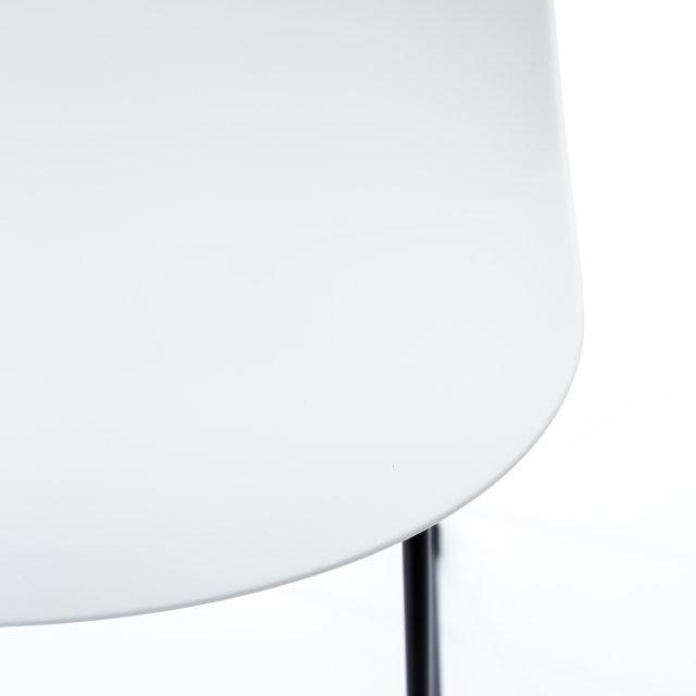 Polubarska stolica Parma White