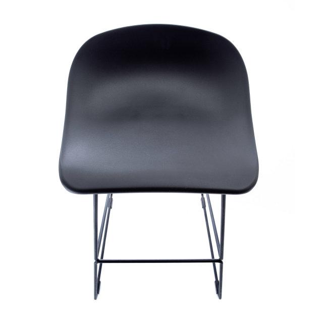 Polubarska stolica Amelia
