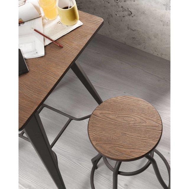 Barski stol Malira