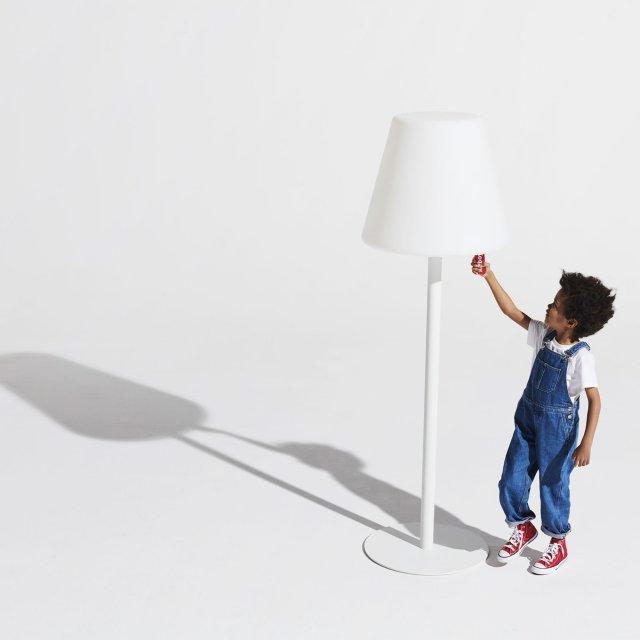 Podna lampa Edison The Giant White