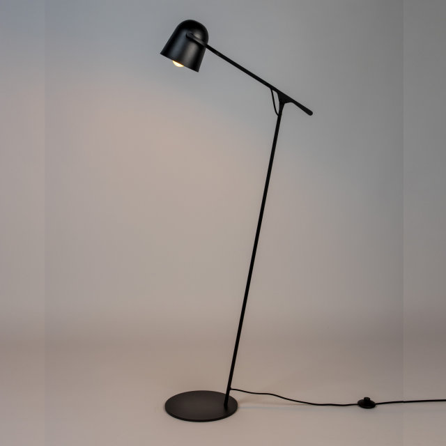 Podna lampa Lau All Black