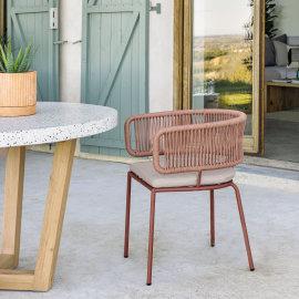 Stolica s rukonaslonom Nadin Terracotta