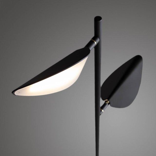 Podna lampa Veleira